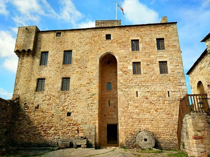 Les Amis du Château de Montaigut